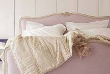 Bedrooms / by Laure Antonetti