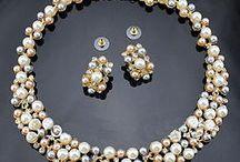 Jewelry sets / Seturi de bijuterii