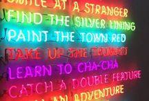 Neon och färg