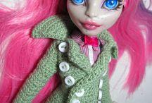 Bratz Dolls Clothes Patterns / by Honey Bristow