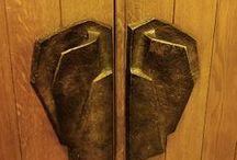 Goetheanum / Afbeeldingen van het (1e en 2e) Goetheanum - het wereldwijde centrum van de antroposofie, in Dornach, Zwitserland - en van de omliggende gebouwen