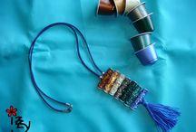 sieraden / sieraden gemaakt van kosteloos materiaal