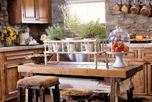 Kitchen Decor / Rustic/Shabby Chic are my favorite styles / by Kelsey Andriot