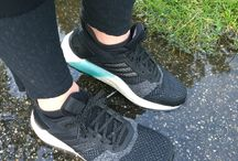 Running Shoes / We love running shoes
