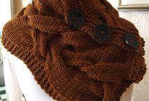 knitting / by Inge