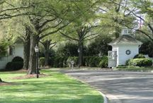 Golf neighborhoods / Explore Charlotte area golf communities, learn about each neighborhood and see all current homes for sale.