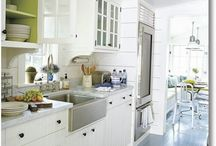 Kitchens / by Gayle Martin