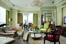 St. Regis Suite Society / Luxuriate in the refined elegance of our suites.