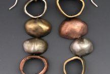 Ζαχαρένια σκουλαρίκια