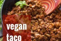 Vegan Dinner Recipes / Delicious vegan dinner ideas and inspiration.