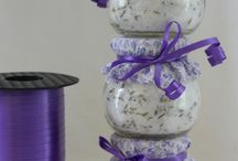 Food Gifts / Ideas perfect for favors, housewarming and hostess gifts.
