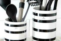 Kähler / Dette er en tavle som inneholder det danske keramikk merket kähler
