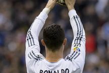 cr7 the best / the best in the world