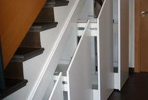 Armario bajo escalera / Aprovechar espacio bajo escalera