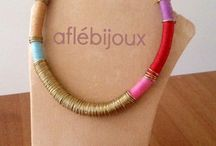 Aflé Bijoux´s Threads / Necklaces and bracelets made of colorful waxed threads. Handmade, nickel free.