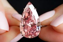 Diamond Auctions / Proving that diamonds are forever, these diamonds are attaining record prices at auctions around the globe.