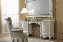 Mobila de lux / Mobila dormitor Italia. Mobila de lux din lemn cu finisaje de calitate. http://www.nikydecor.ro