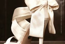 Brudesko, smykker og tilbehør til bryllupet / Lekre brudesko, halskjeder, armbånd, øreringer og annet tilbehør til bruden.