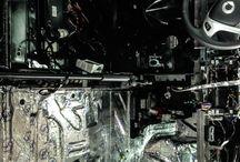Шумоизоляция / Шумоизоляция автомобиля позволяет насладиться тишиной в салоне после 80 км/ч. Большинство современных автомобилей не отличаются хорошой звукоизоляцией, что раздражает водителя. В детейлинг центре Chescar проводили работы полного подавления шума в салоне. Наши специалисты в кратчайшие сроки оклеили кузов, арки и двери. И для получения максимального эффекта использовали материал от мировых производителей, давно завоевавшие авторитет и доверие.