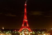 La tour Eiffel en couleurs / En diverses occasions, la dame de fer s'est parée d'habits de lumière