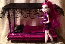 Doll house / by Suzanne Girard
