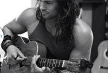 jason momoa / Handsome but he is married oh bummer... / by Hippies Daisy Watkiss