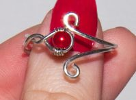 DIY Jewelry - Rings / by Deana Mateo