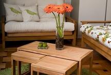 Furniture -> Table    Desk