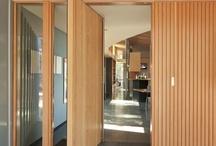 Arkitektur- inngangsparti og dører