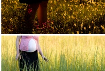 Maternity photo clothing ideas / by Donna Hutchins