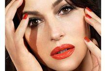 Monica Bellucci / Sono totalmente rapita da questa donna... è l'apoteosi della bellezza mediterranea! divina!