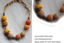Design Bijoux / Bjioux realizzati a mano attraverso il riuso di piccoli oggetti di scarto e filati di cotone