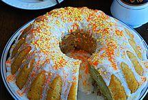 Desserts / by Cortney Davila Abiuso