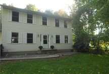 550 Killinger Road; Clinton, OH 44216 / Spacious 3 bedroom 2 1/2 bath colonial home. Located in the Green school district. Close to Nimisila reservoir with boat launch, fishing, and biking/walking trails. Book your showing today.