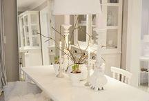 Weißes Esszimmer