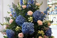Flower Arrangements / Flowers