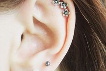Ear Cartilage Piercings / http://fabulousdesign.net/ear-cartilage-piercing-information/ Ear Cartilage piercing is another gorgeous adornment that you can have for your own body. Ear Cartilage piercing Types, Jewelry, Pain, Care, Scar, Prices.