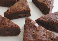 A Gourmet Thyme / A small distinctive gourmet catering company and makers of the Brownie Divine.