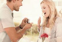 Trauzeugen bei der Hochzeit / Was machen die Trauzeugen auf der Hochzeit? Auf Moderne Hochzeit erfahren Sie unter Ratgebern mehr Informationen über Trauzeugen und Ihren Pflichten.