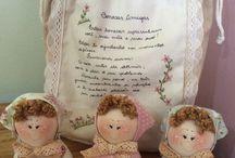 bonecos em tecidos