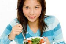 Healthy food/drinks / by Trisha Frye