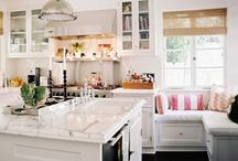 Awesome Kitchens / by Susan Wynn
