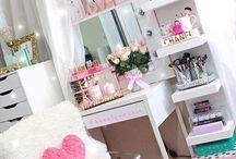 Mia's room