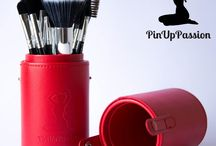 Pin Up Passion 11pc Makeup Brush Set - The Official Pin Up Girl Glamor Tool / 11pc Makeup Brush Set - The Secret To A Flawless, Glamor Airbrushed Look - Luxury Premium Synthetic Hair With Holder Case. Eco & Vegan Friendly. 60 Day Money Back Guarantee