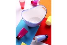 Déco de printemps : couleurs et bonne humeur ! / Notre sélection du printemps tombe à point nommé pour vous aider à mettre de la couleur et de la bonne humeur dans votre intérieur. Quelques pièces colorées suffiront à apporter du peps à votre salon et égaieront à coup sûr votre déco.