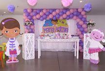 Fiesta Doctora juguetes / Decoracion fiesta doctora juguetes en Bogota- Colombia, llámanos al 3163190898 para cotizar tu fiesta.