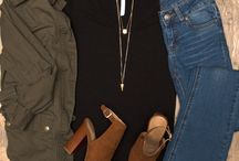 Black shirt Outfits