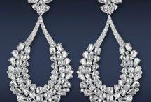 Drop it like it's hot / Inspiration: drop earrings
