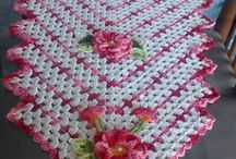 Table runners / Table runners