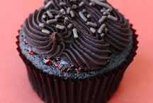 Cupcakes!!! / by Madeline Black